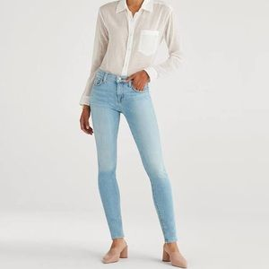 7 For All Mankind Light Wash Skinny Jeans